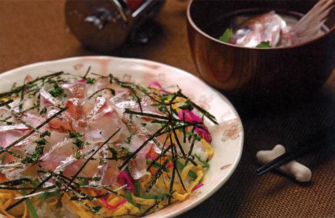 マダイのちらし寿司、潮汁